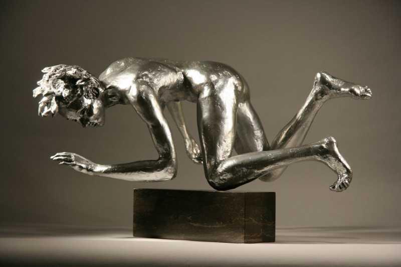 Stumble_L_v2_-L-_Bob_Clyatt_Sculpture
