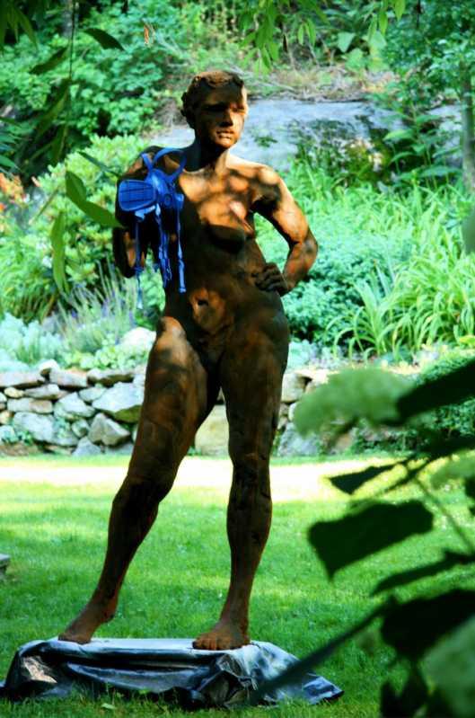 Woman_with_Ventilator_-F-L-Bob_Clyatt_Sculpture
